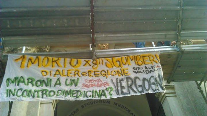 striscione Maroni