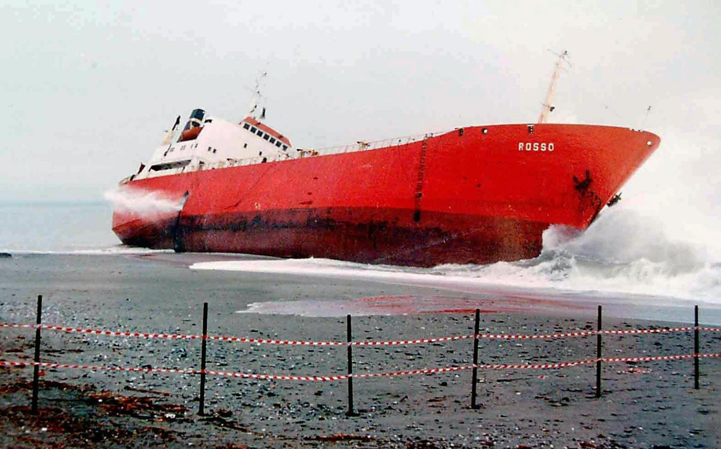rosso ship