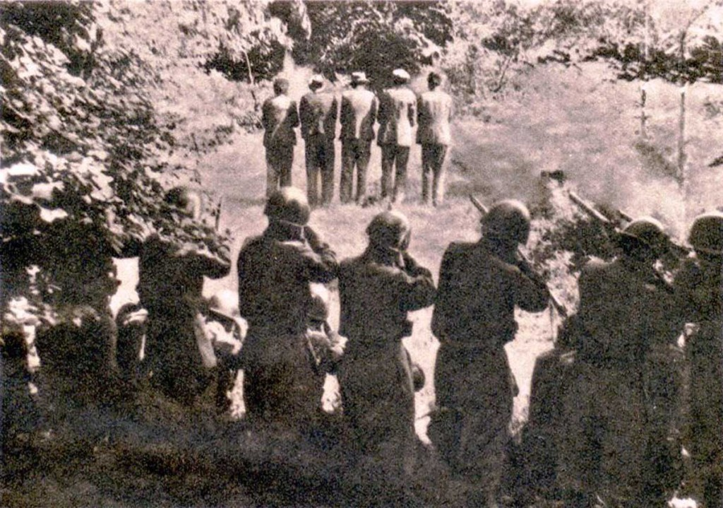 Italian_soldiers_shooting_Slovenian_hostages
