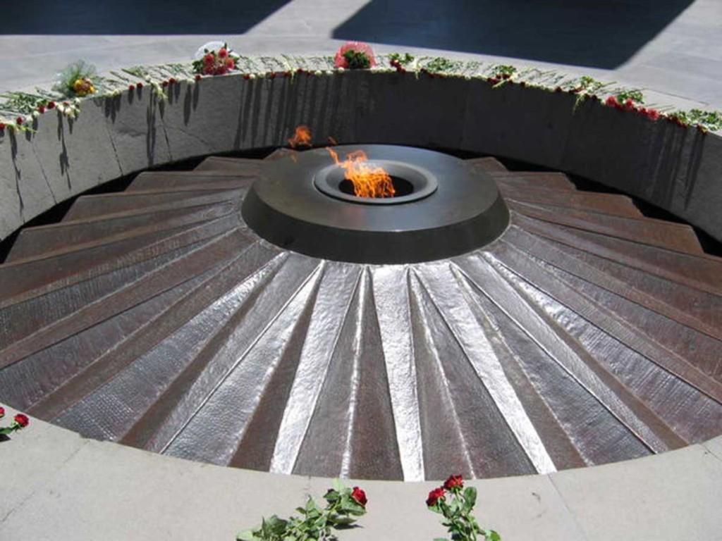 arm_yerevan_genocide_museum_08