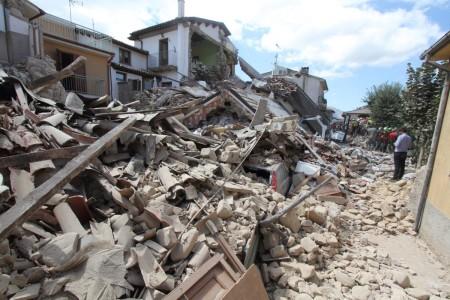 shutterstock_473464297_terremoto-1200x800