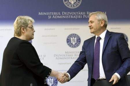 2015-05-21 14:40:37 epa05684454 (FILE) A file picture dated 21 May 2015 showing Sevil Shhaideh (L) shaking hands with Liviu Dragnea (R), the leader of PSD (Social Democracy Party), Bucharest, Romania. PSD party won the parliamentary elections held on 11 December, and together with ALDE (The Alliance of Liberals and Democrats in Romania) has the majority in Romanian parliament. PSD leader Liviu Dragnea appointed 21 December 2016 Romanian economist Sevil Shhaideh, 52, as designated Prime Minister. Shhaideh, former Minister of Regional Development and Public Administration in 2015, shall be proposed first by Romania's President, and after that must pass the governing programme through the parliament, before swearing-in as the new premier in charge.  EPA/ALEX MICSIK