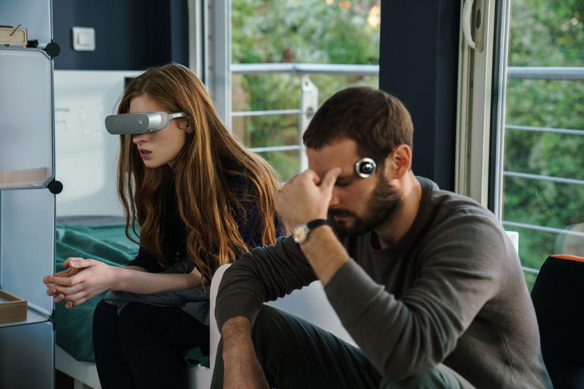 Osmosis, il nuovo sci-fi di Netflix -Vulcano Statale