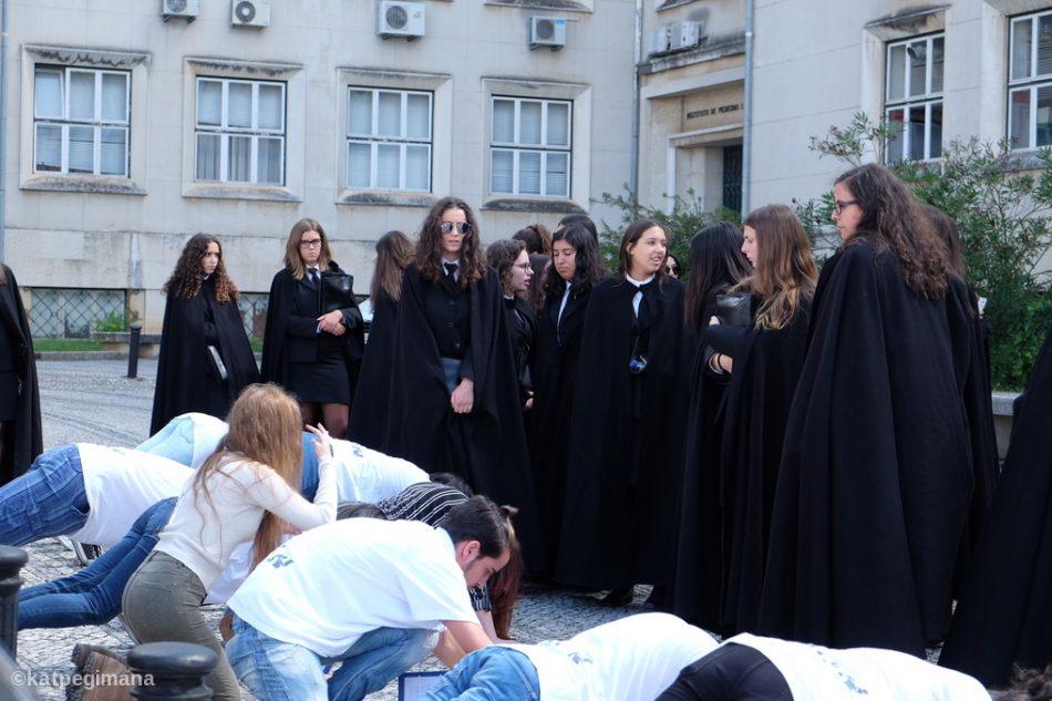 Praxe: un rituale di solidarietà