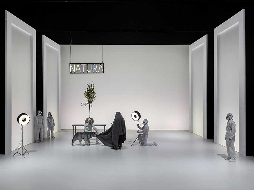 Scene Da Faust al Piccolo Teatro Grassi, foto di Luca Manfrini