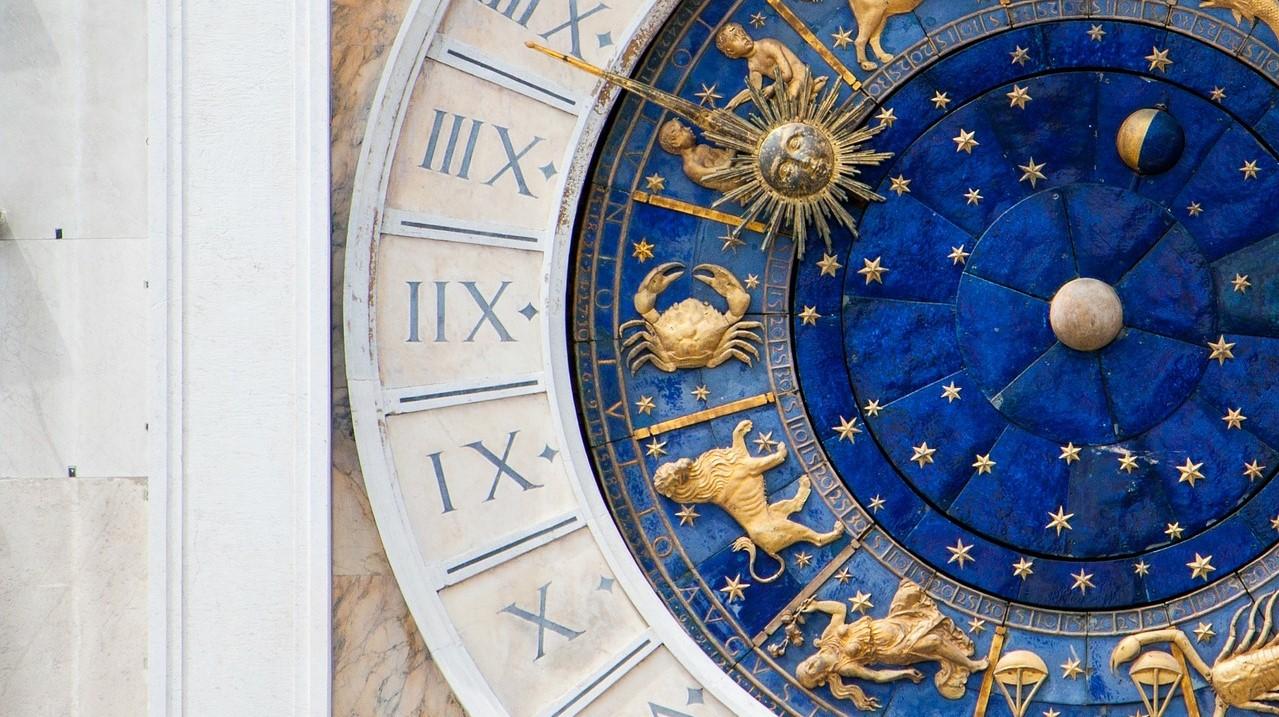 Il fascino dell'oroscopo e l'eredità del Rinascimento