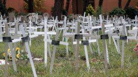 Il cimitero dei feti che seppellisce le donne