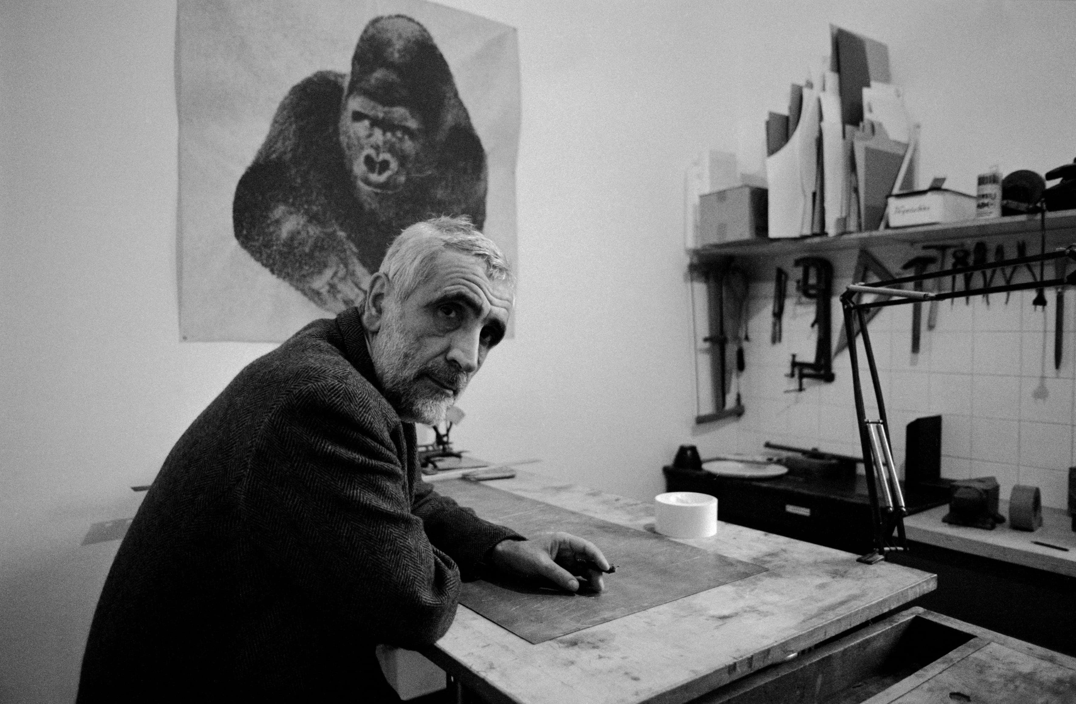 Enzo Mari: 88 anni di attività artistica e politica