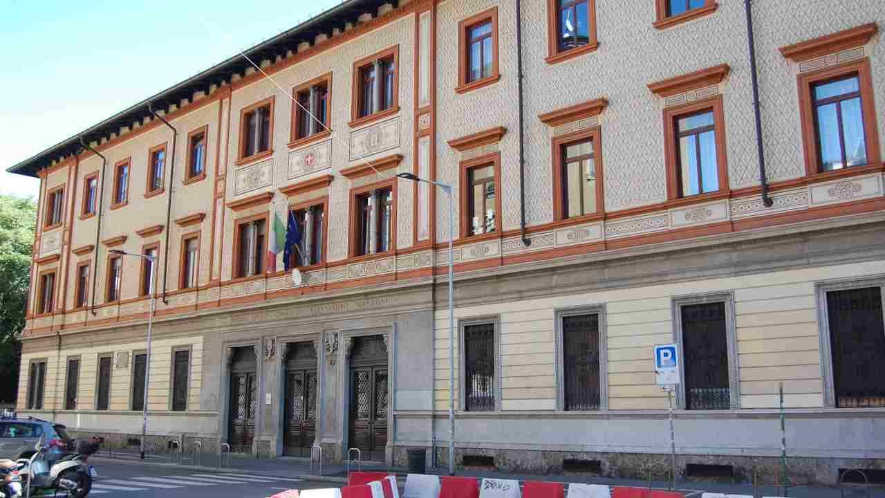 Il caso del numero chiuso al Liceo Manzoni