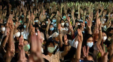 In Thailandia si lotta per la democrazia
