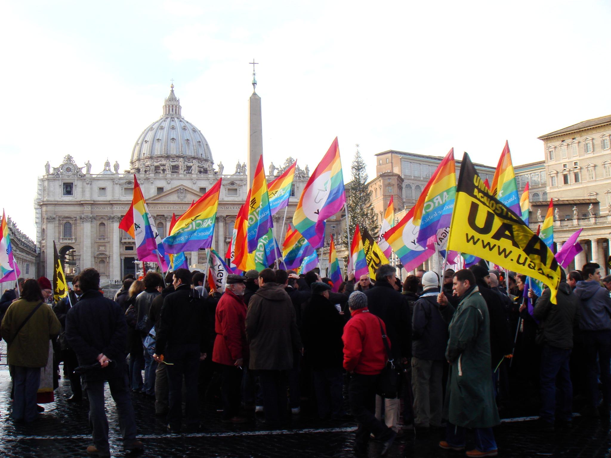 Religioni e omosessualità, un dialogo complesso