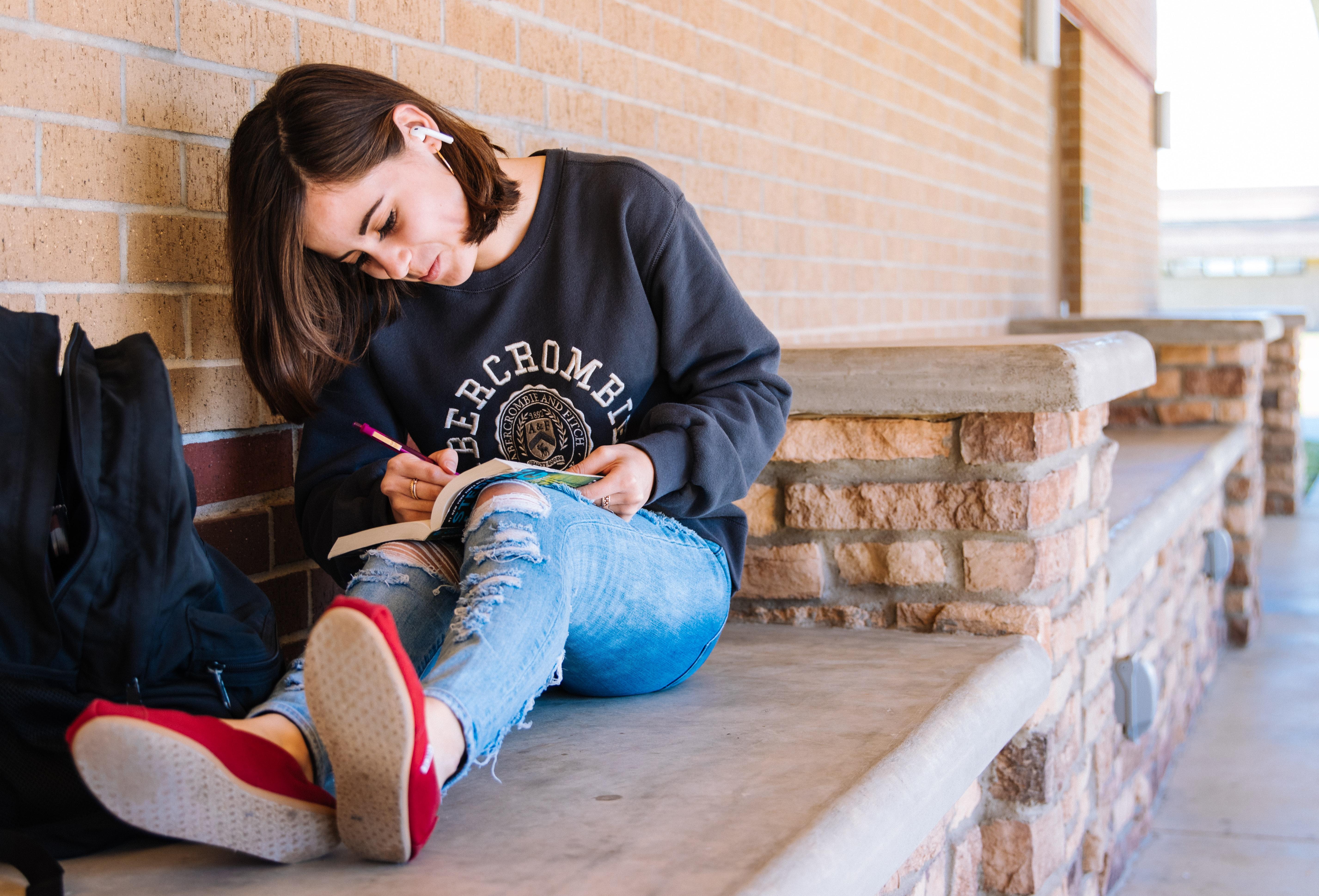 Dote18, una tassa per il futuro dei giovani